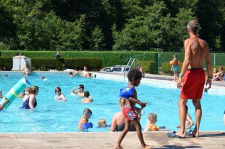 neufs-pres-piscine.jpg